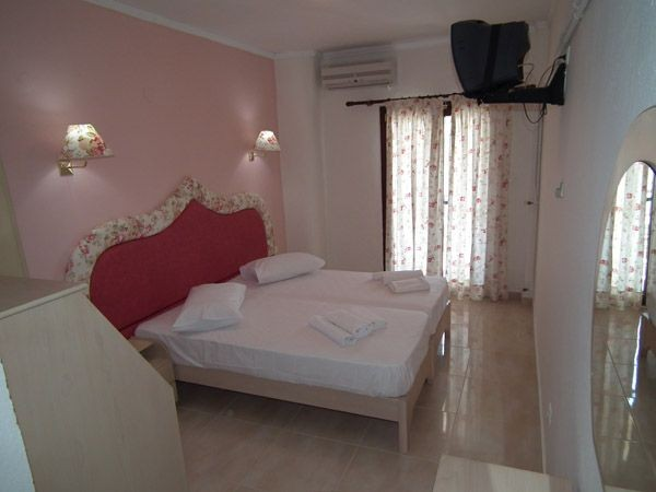Thalassa Boutique Apartments Hotel - room photo 8787873
